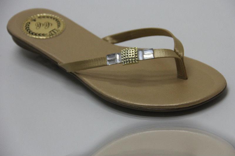 Slim Vip com Enfeite Quadrado Dourado e Pedra na Lateral