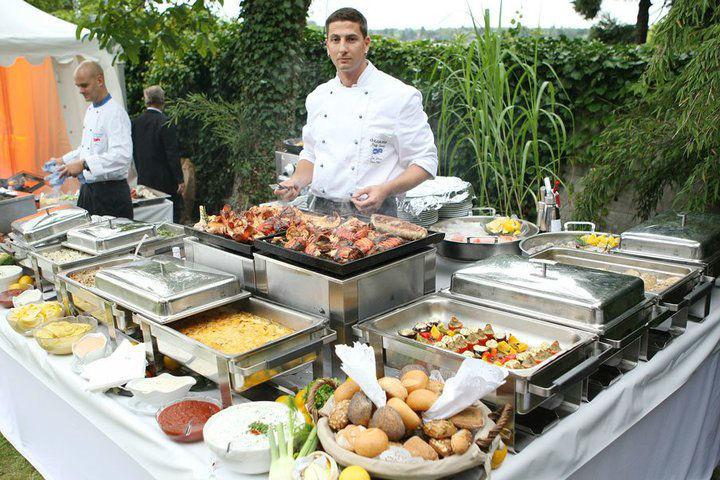 Beispiel: Catering und Partyservice, Foto: Der Hochzeiter.
