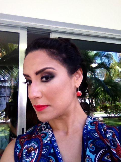 Mayra Apodaca  Professional Makeup & Hair  Artist
