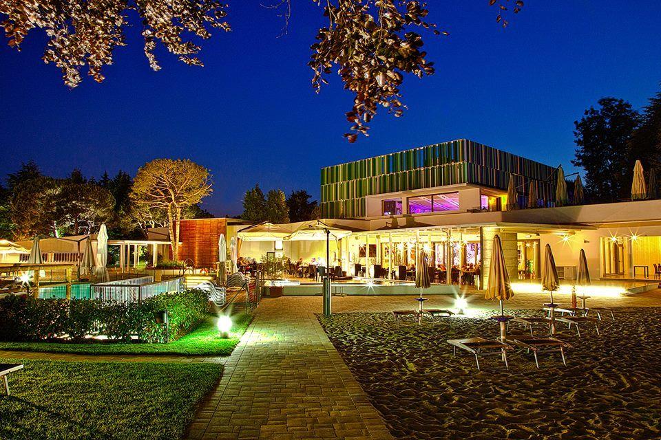 """Idea Village """"Ristorante Rosso"""""""