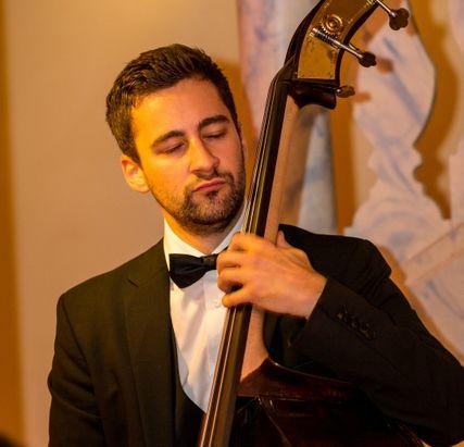 Beispiel: Bass, Foto: abgroovebereit.