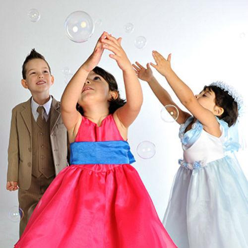 Beispiel: Elegante Mode für die Kleinsten, Foto: Julias Traumboutique.