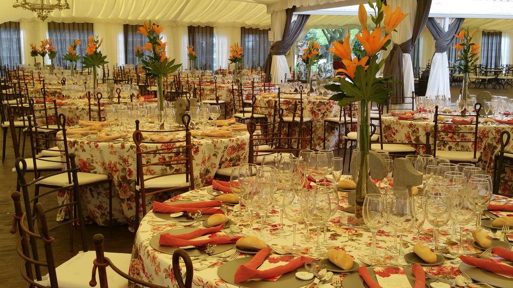 Finca montealegre bodas for Carpa comida