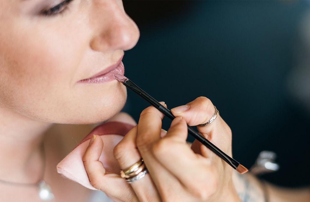 Amalia Wormsbecher hair & make-up artist