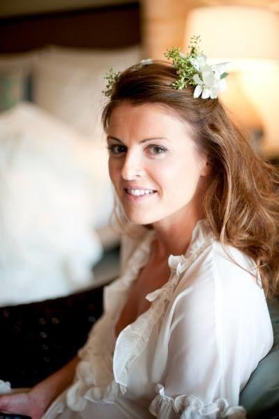 My Wedding Hair Girl/ Bliss Studio