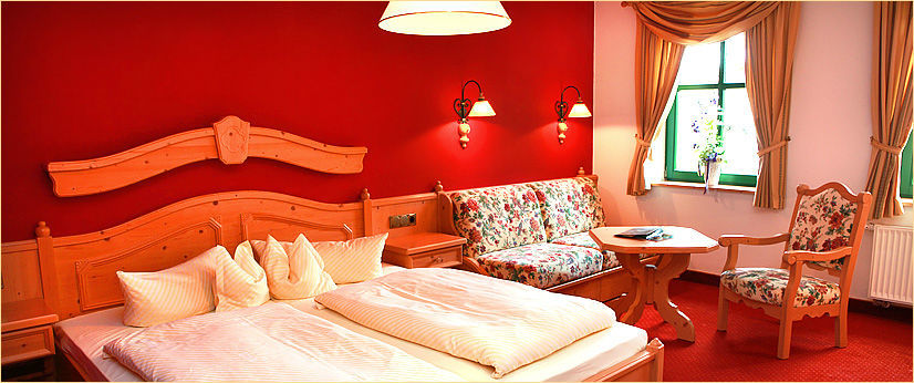 Beispiel: Suite, Foto: Landgasthof Zum Mühlenteich.