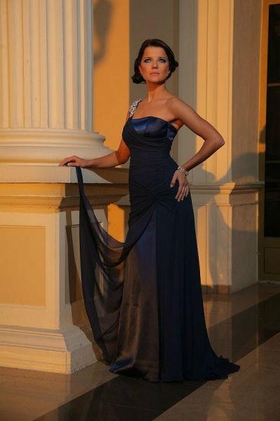 Suknie Wieczorowe Langoria