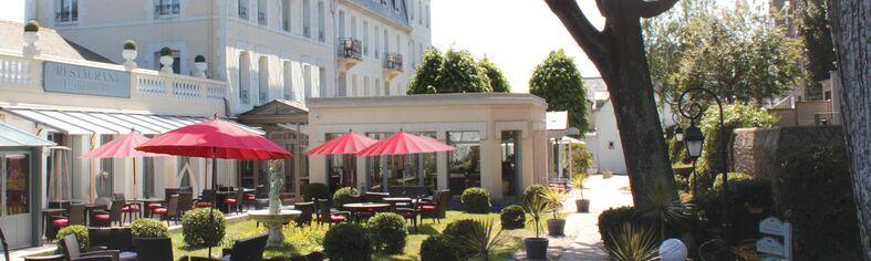 Grand Hôtel de Courtoisville****