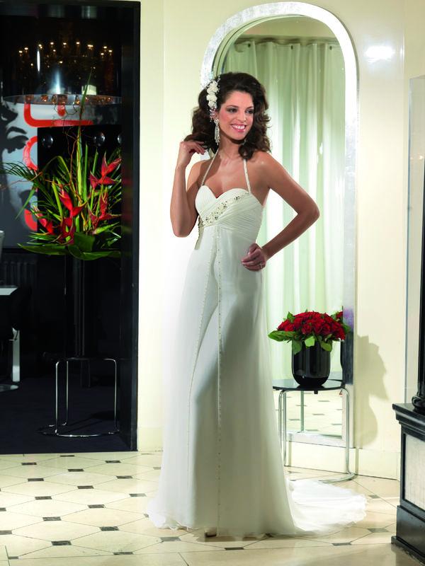 vestiti da sposa corti e colorati  Centro Sposi Cologno