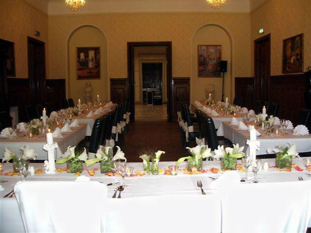Beispiel: Festgedeck für Ihre Hochzeitsfeier, Foto: Schloss Neetzow.