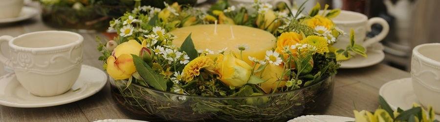 Beispiel: Tischdekoration, Foto: Blumen Stieber.