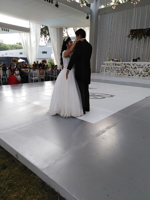 Giuliana Delgado wedding planner and events