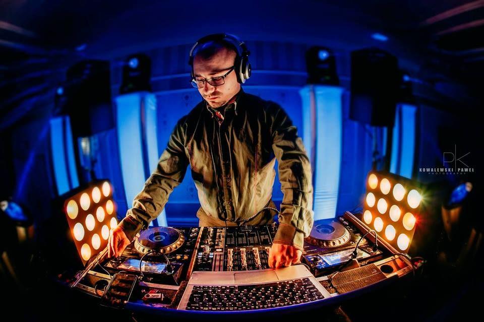 DJ Sebastian Krywult