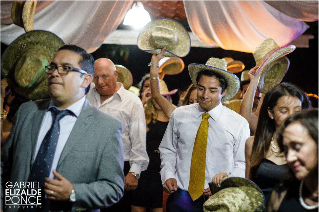 Baile de los invitados