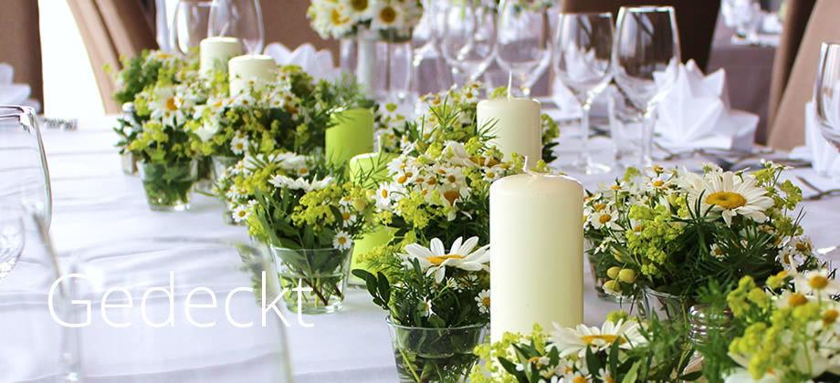 Beispiel: Floristik für Ihr Fest, Foto: 2fach.