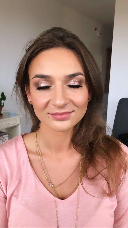 Julias Makeup Impressions