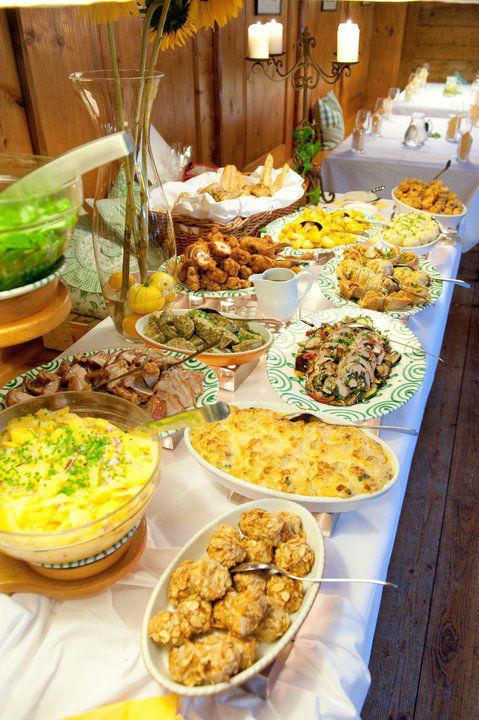 Beispiel: Kulinarische Genüsse, Foto: Heuriger Wieninger.