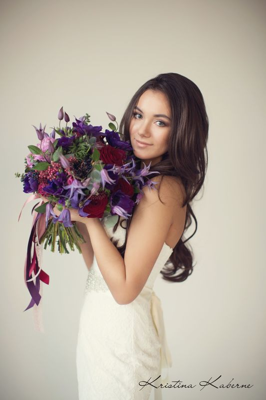 Флорист Кристина Каберне Яркий букет невесты  ФОто Лена Кожина