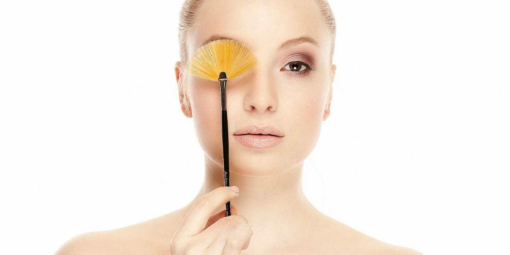 Beispiel: Make-up für die Braut, Foto: Kloc Make-up.