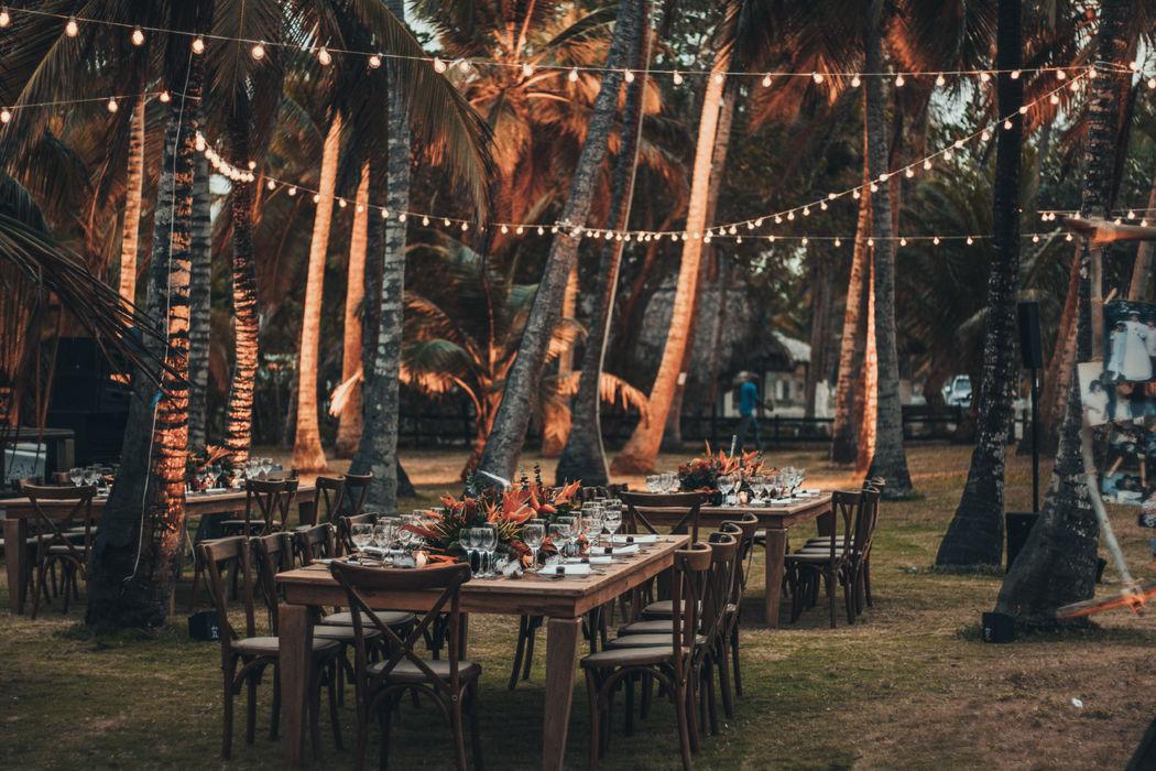 Dventique • event planning & design