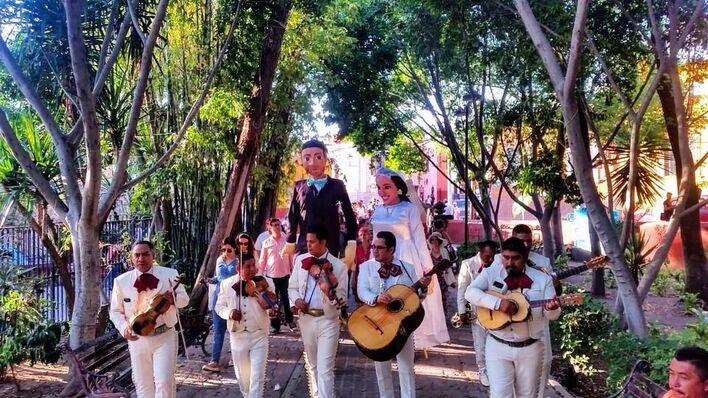 Callejoneadas Musical Center SMA
