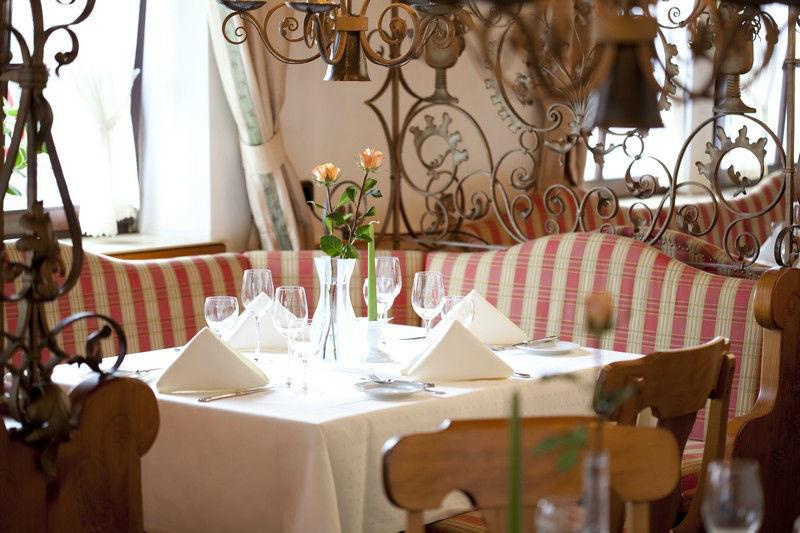 Beispiel: Restaurant, Foto: Hotel Weis.