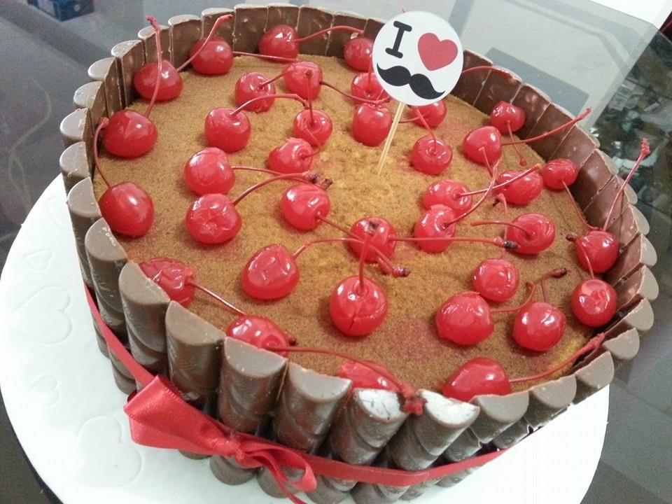 Paomi Cakes