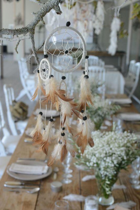 Attrape-rêve pour mariage bohème chic. Floasis Events wedding planner