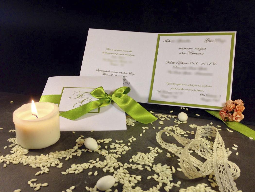 Partecipazione nozze verde con raso www.stampaecrea.it