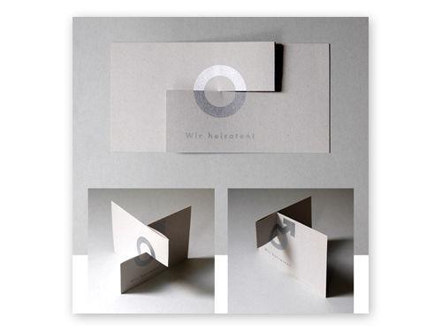 Elegante Hochzeitseinladung aus Recyclingkarton von Michael Marschall