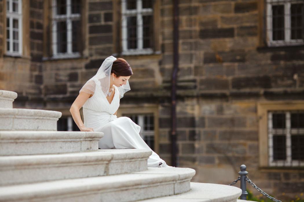 Beispiel: Braut nach der Trauung, Foto: Anna Eiswert.