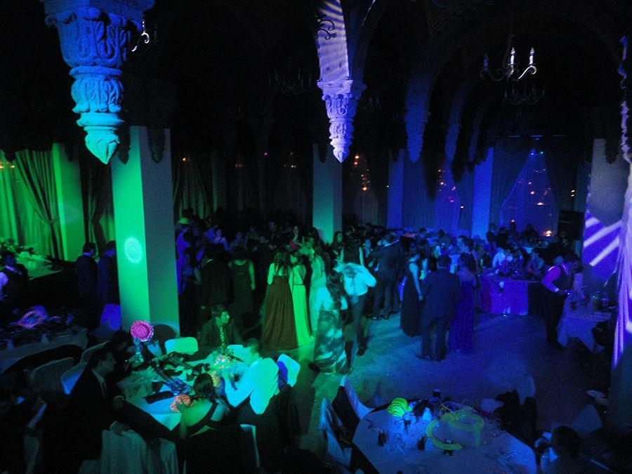Salon Cristal Hotel Guanajuato, Tu Boda Con DJ en Guanajuato Iluminacion Led Sonido Disco
