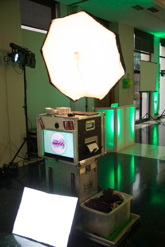 DJ Jem Sound System & Photobooth
