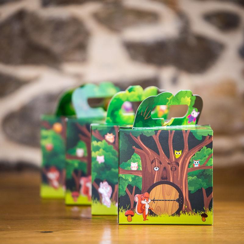 Mondes en boîte   Cadeaux