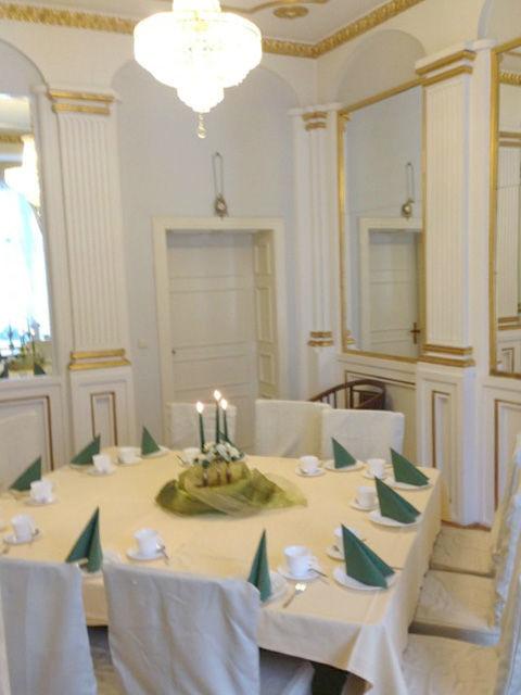 Beispiel: Grüner Salon, Foto: Villa am Fennpfuhl.