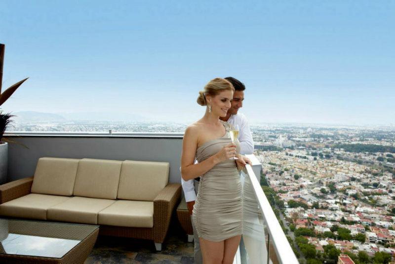 Incluimos tu noche de bodas en el Hotel