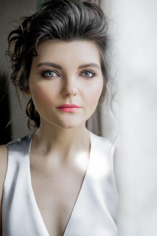 Стилист-визажист Анна Красненкова