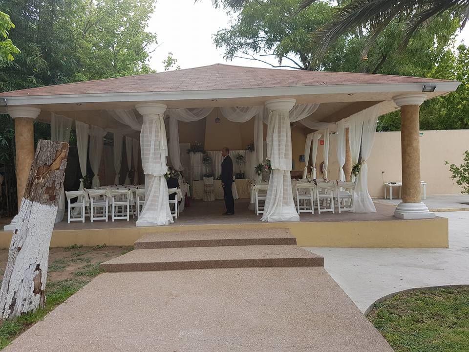 Villa Valentinos, Acuña