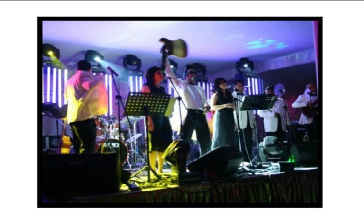 Imagen de grupo Musical Milenio http://www.grupomusicalmilenio.com/milenio.html los expertos en musicalizar tu boda.