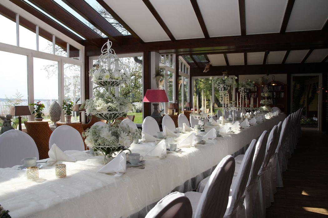 Wintergarten für exklusive Feiern bis zu 36 Personen