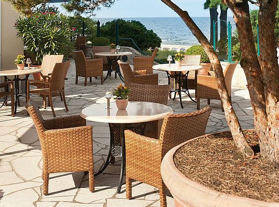 Beispiel: Die Terrasse des Strandhotel Bansin, Foto: Travel Charme Strandhotel Bansin.