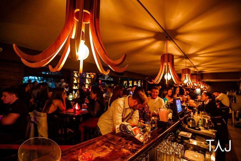 Taj Bar Brasília