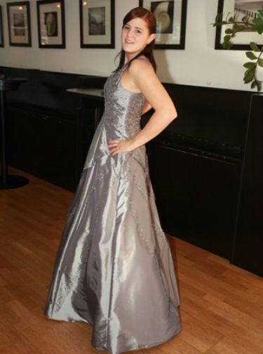 Beispiel: Individuelle Hochzeitskleider, Foto: Traut euch Brautsalon.
