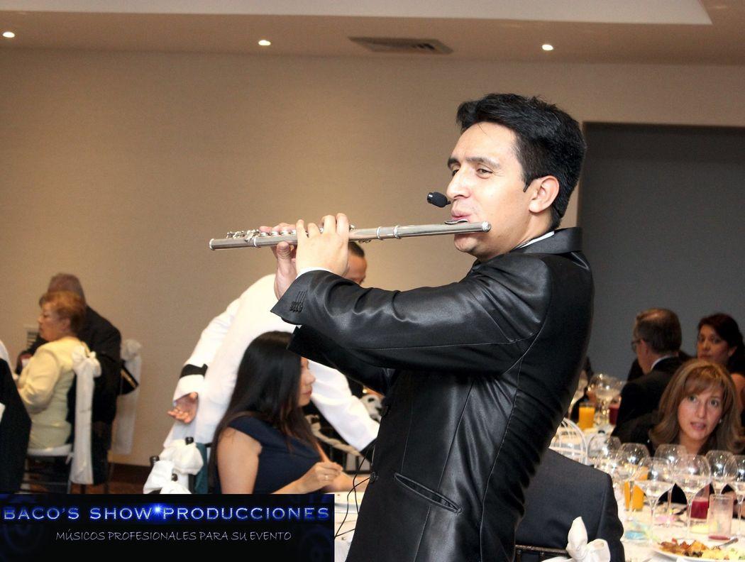 www.bacosshowproducciones.com