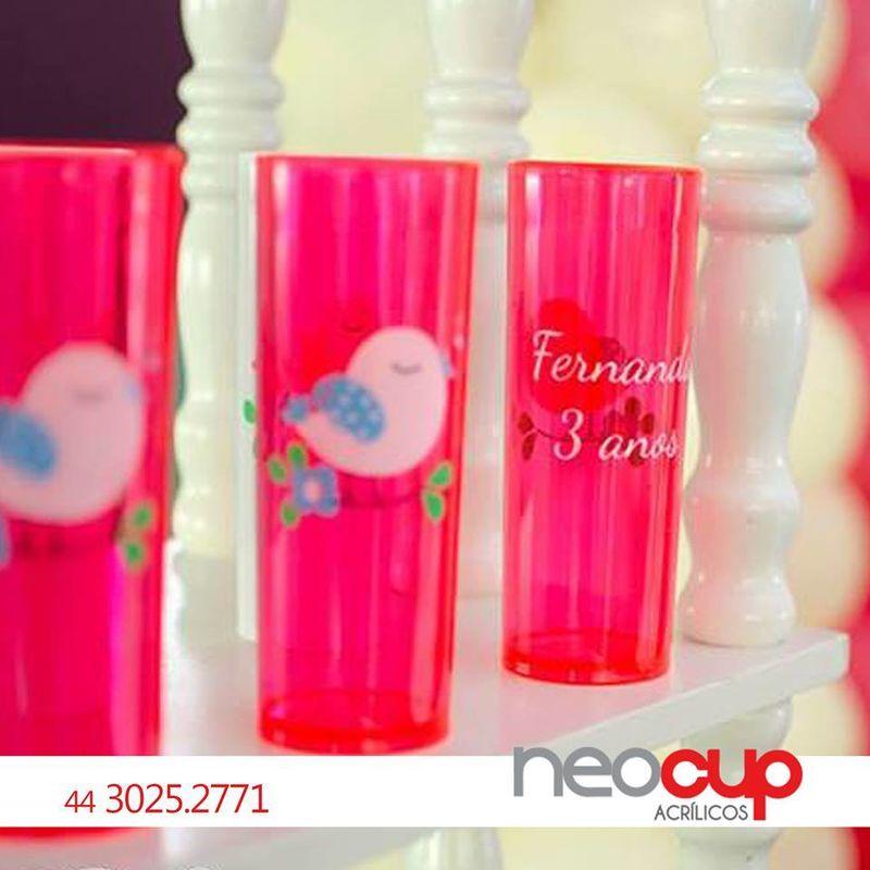 Neocup Acrílicos