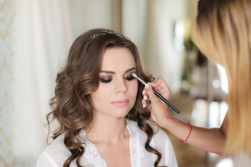 Prom Makeup Hair Advertisements Golfclub