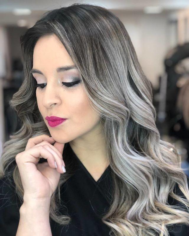 Carolina Flores Peluquería