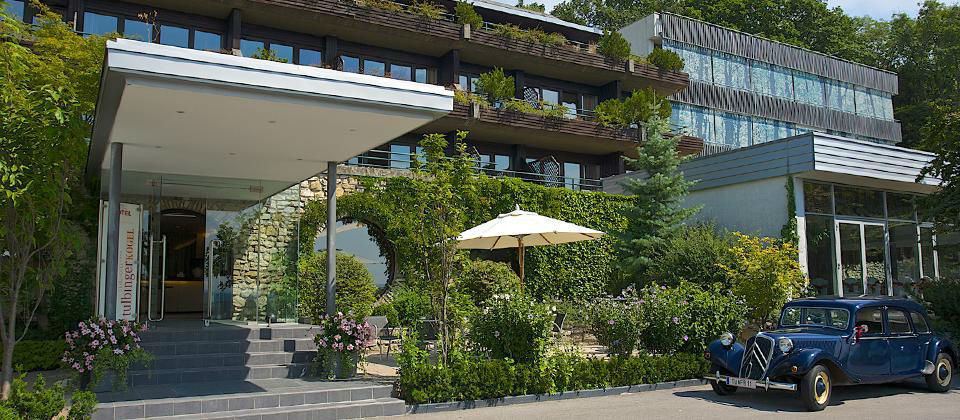 Beispiel: Aussenfassade des Hotels, Foto: Berghotel Tulbingerkogel.
