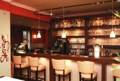 Beispiel: Theke, Foto: AKZENT Hotel Goldene Krone.