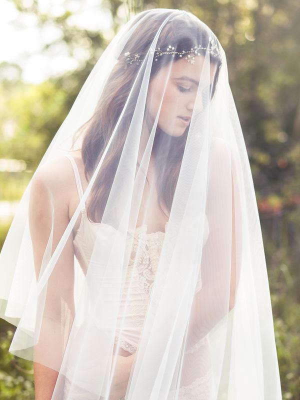Velo da sposa con ampio tulle effetto seta, lunghezza media o personalizzabile | Elibre Handmade